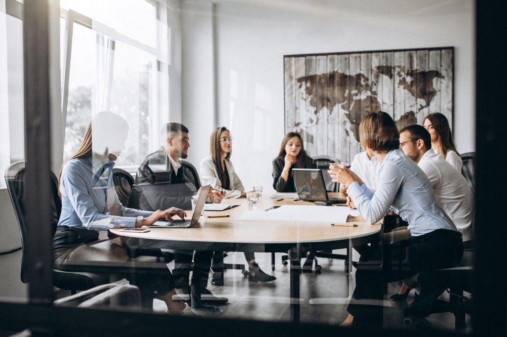 riunione di team lavorativo
